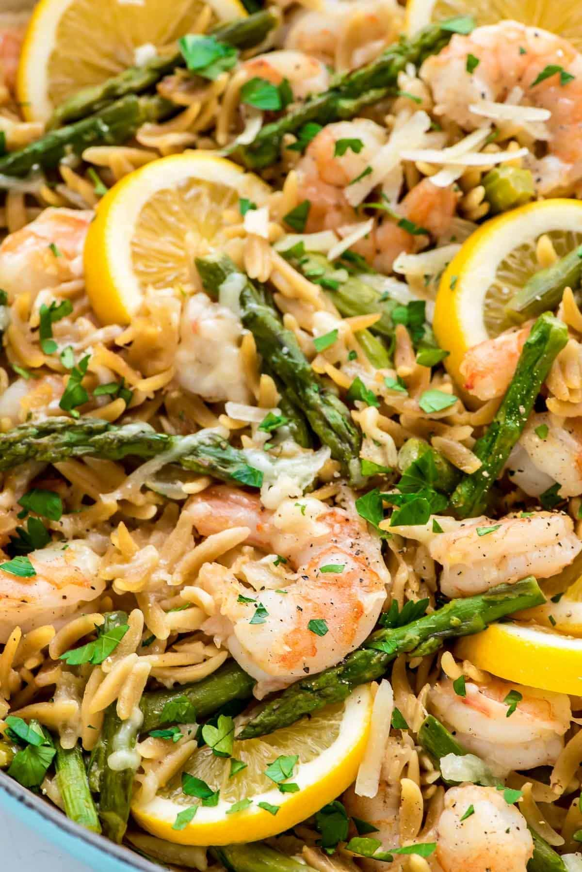 Tried it and loved it! One Pot Lemon Shrimp Pasta – so easy and delicious. Even the orzo gets cooked right in the pot! @wellplated