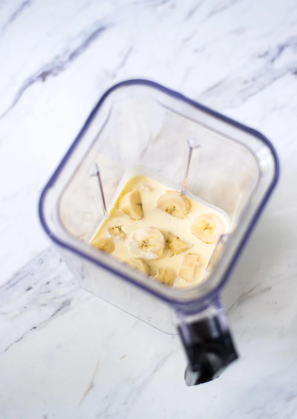 Bananas and ice cream custard in a Vitamix blender