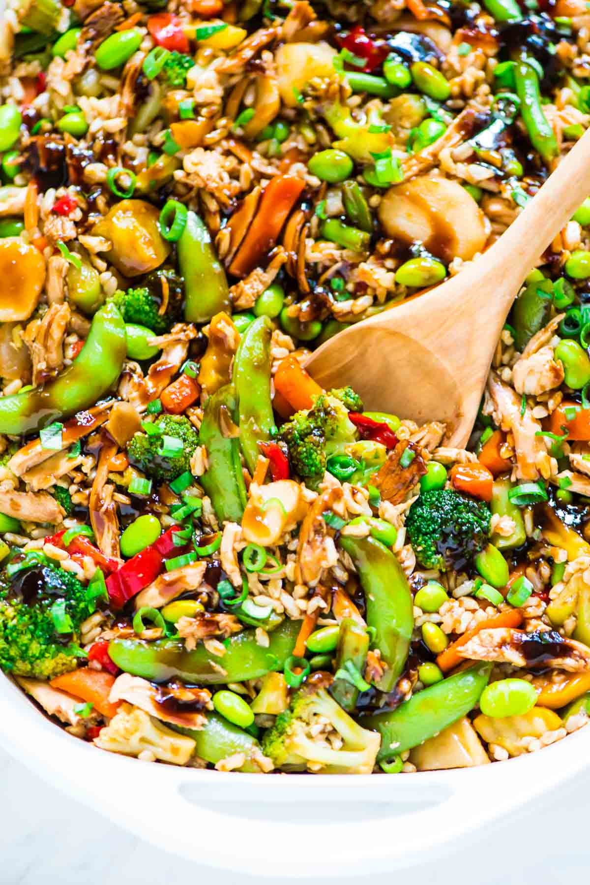Teriyaki Chicken Casserole recipe — an easy, healthy meal that's perfect for busy weeknights. Everything cooks together in one dish, even the chicken! @wellplated
