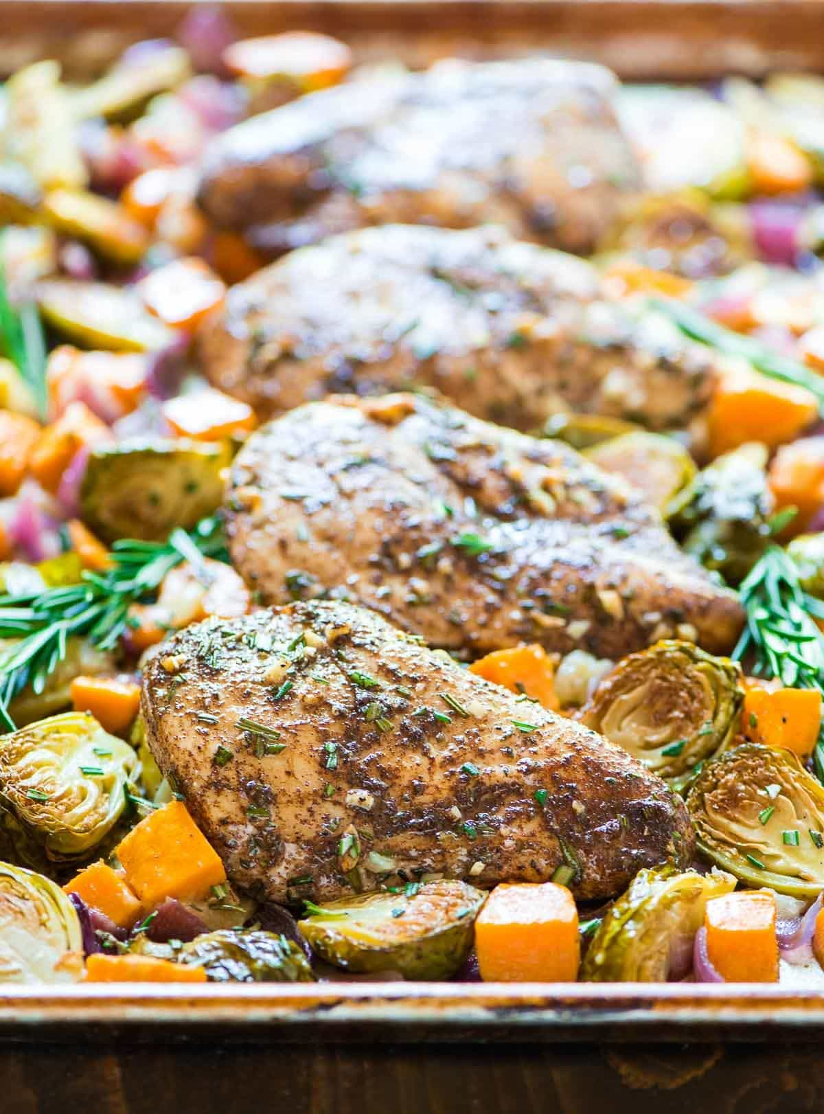 ONE PAN Paleo Sheet Pan Chicken with Sweet Potatoes, Apples, and Brussels Sprouts. @wellplated
