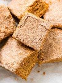 Cinnamon Blondies. Thick, soft, and chewy! Ready in just 30 minutes. Recipe at wellplated.com | @wellplated