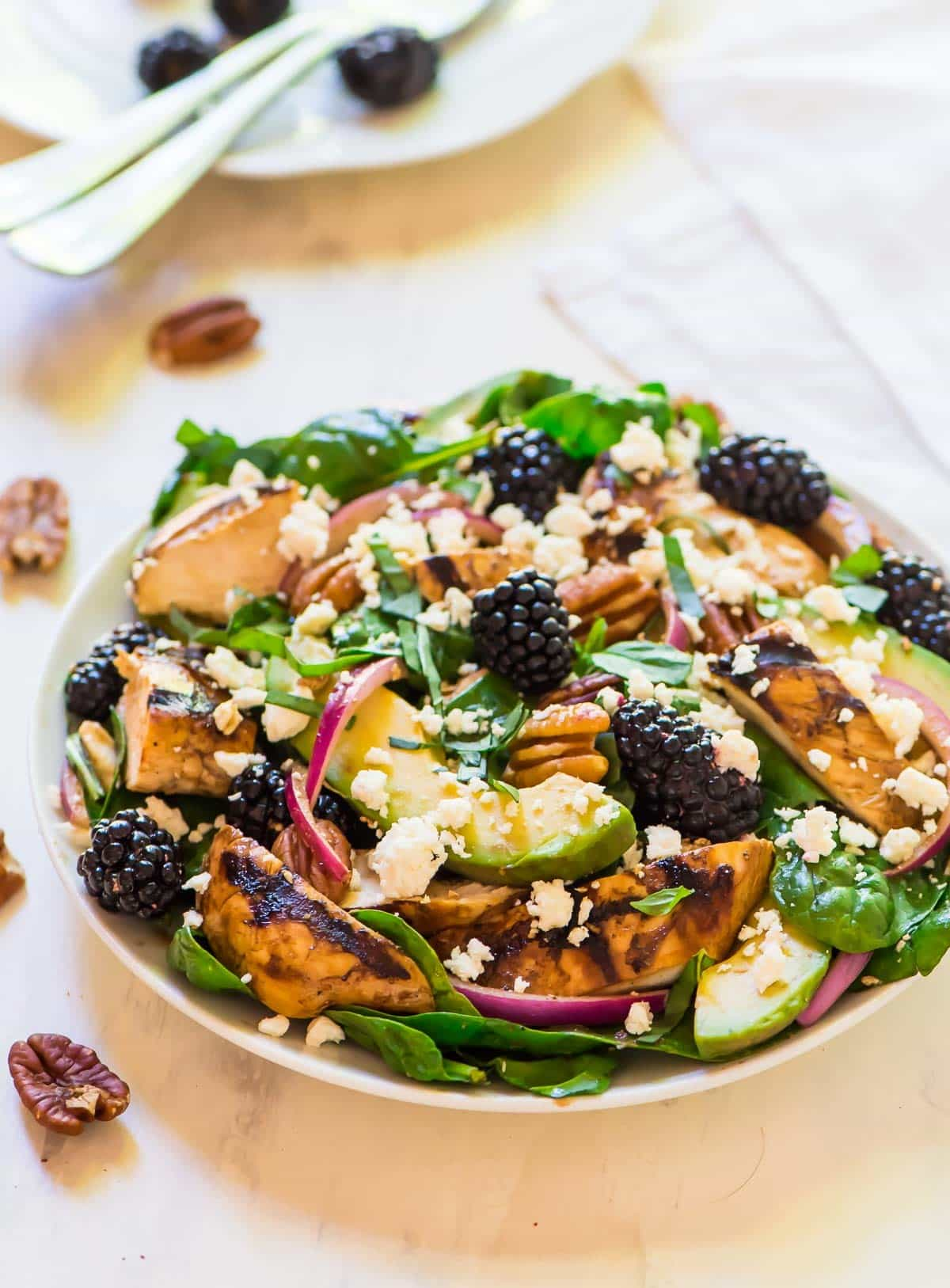 Grilled Balsamic Chicken Salad with Avocado, Feta, Blackberries and an easy balsamic vinaigrette dressing. Recipe at wellplated.com | @wellplated