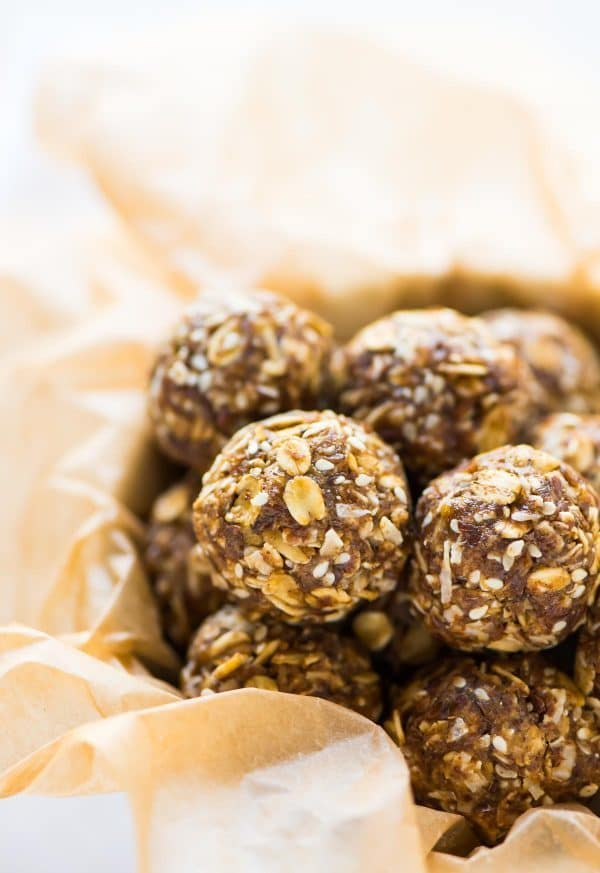 No Bake Ginger Cookie Energy Balls