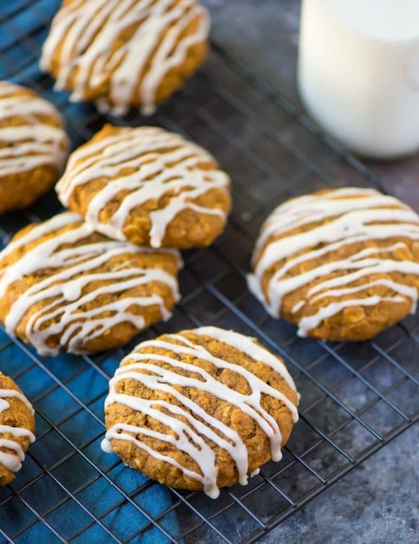Oatmeal Pumpkin Spice Cookies. Easy, healthy, and filled with wonderful flavor. Healthy recipe made with maple syrup, coconut oil, and whole grains. Recipe at wellplated.com