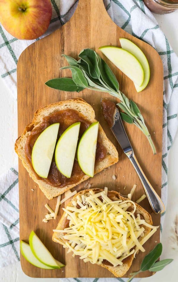 Cheddar Apple Grilled Cheese with Turkey, Apple Butter, and Sage. To die for! Incredibly fall flavor, healthy, and perfect for easy meals. Recipe at wellplated.com