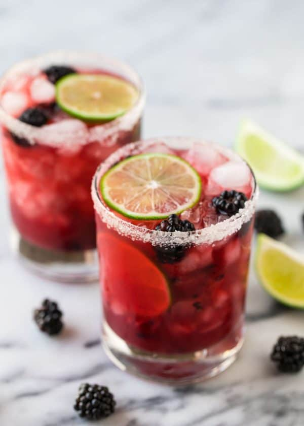 Skinny Blackberry Margaritas. Easy recipe with simple, fresh ingredients!