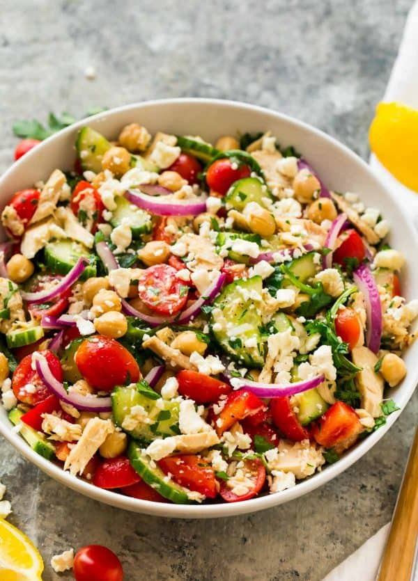 Chickpea and Tuna Salad with fresh vegetables and lemon dressing.