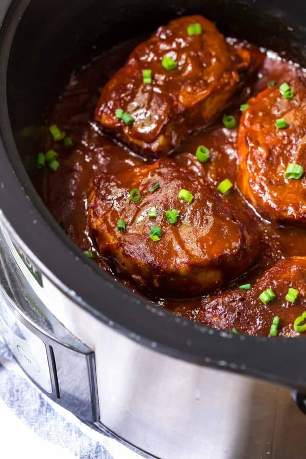 A slow cooker with barbecue Crock Pot Pork Chops