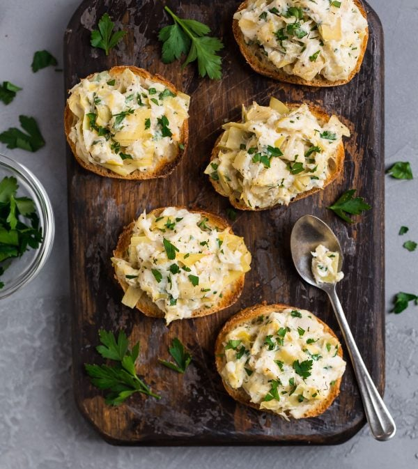 Crab Artichoke Toasts. Easy to make appetizer for holiday parties.