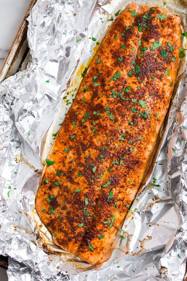 Easy Spicy Baked Salmon in Foil. Quick and flavorful dinner that's protein packed.