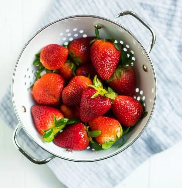 A bowl of red ripe strawberries