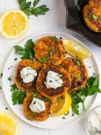 A plate of easy and healthy Salmon Patties