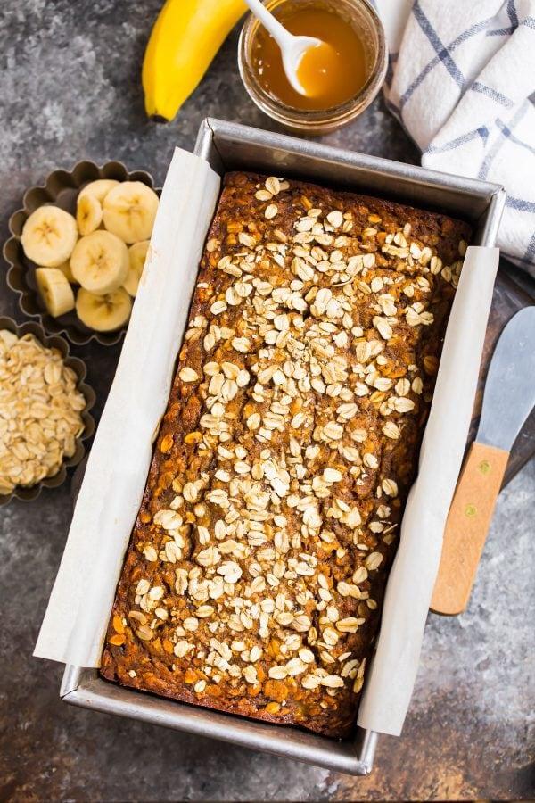 Healthy oatmeal banana bread made with banana and oats