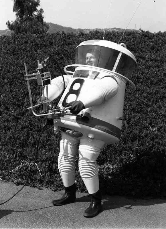 The evolution of the spacesuit #space