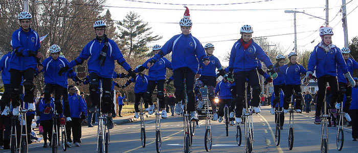 Southern Maine Christmas Parade 2017 – The Gym Dandies