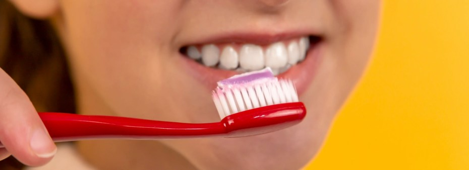 sustainability and feature reduction - toothbrushes