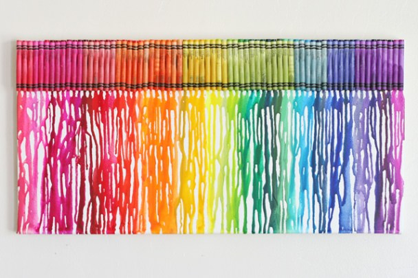 Melted-crayon-rainbow-art