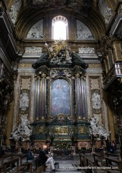 Chiesa del Gesu: tomb of Saint Ignatius