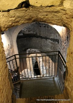 San Crisogono in Trastevere: entry to the crypt