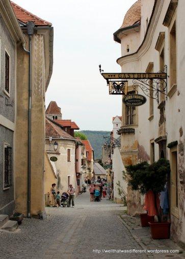 The main street in Duernstein