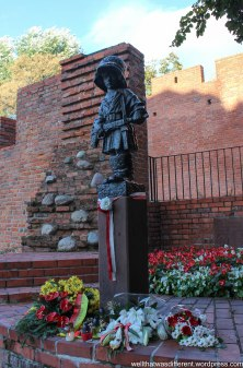 Monument to the child soldiers of the Warsaw Uprising.