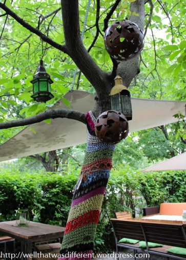 Yarn bomb at the restaurant