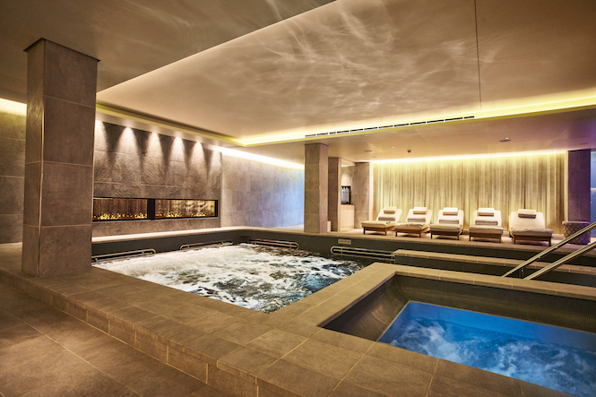 Viking ocean cruise spa, pool and jacuzzi area.