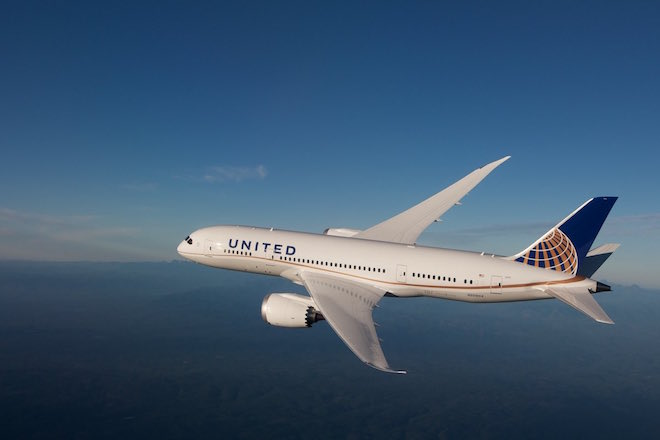 United Airlines 787.