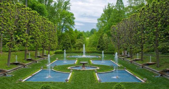 Longwood Gardens Italian Water Garden 800x600 - Image credit Albee Larry