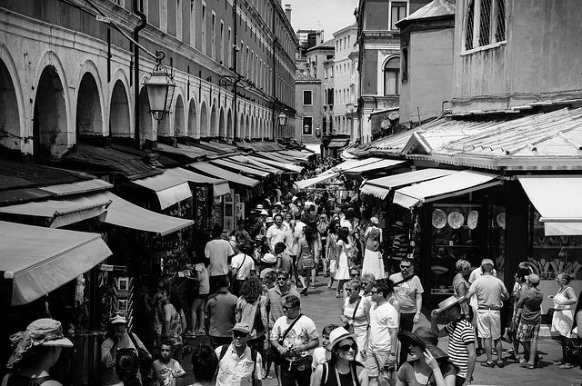 Rialto Mercato fish and food markets, Venice