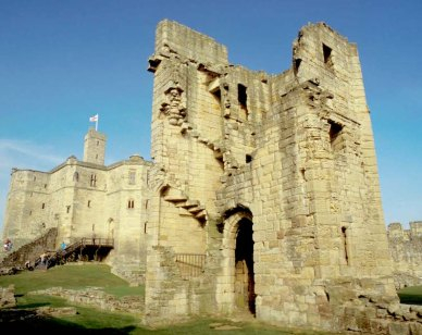 Warkworth Castle 800x600 – Image credit Andrew Marshall