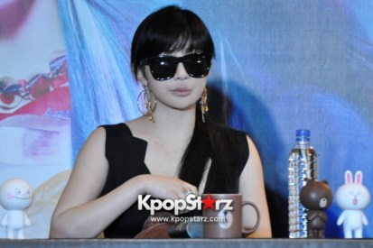 2ne1-at-open-press-conference-in-singapore-its-the-music-we-get-to-do-the-things-that-we-want-to-do-photos (2)