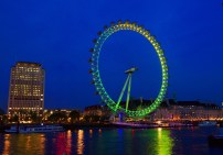 GORDON'S GIN AND SCHWEPPES EXPERIENCE | THE LONDON EYE | WE LOVE FOOD, IT'S ALL WE EAT