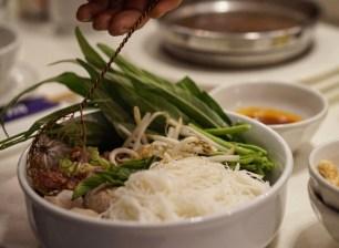 SHUANG SHUANG | SOM SAA | HOT POT | WE LOVE FOOD, IT'S ALL WE EAT