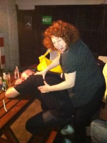 Massages...