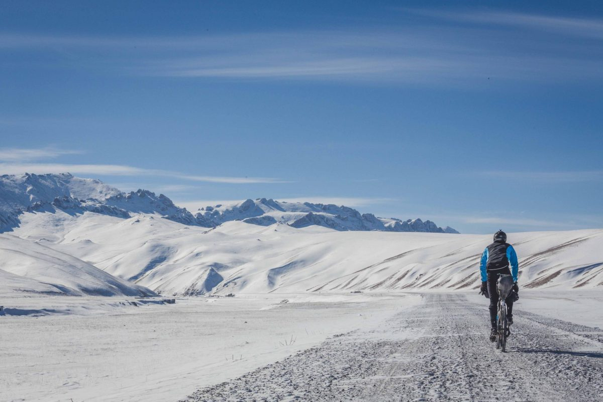 Bikepacking across Kyrgyzstan in winter - In 12 photos