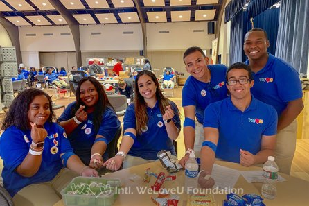 WeLoveU volunteers recovering with snacks after donating blood