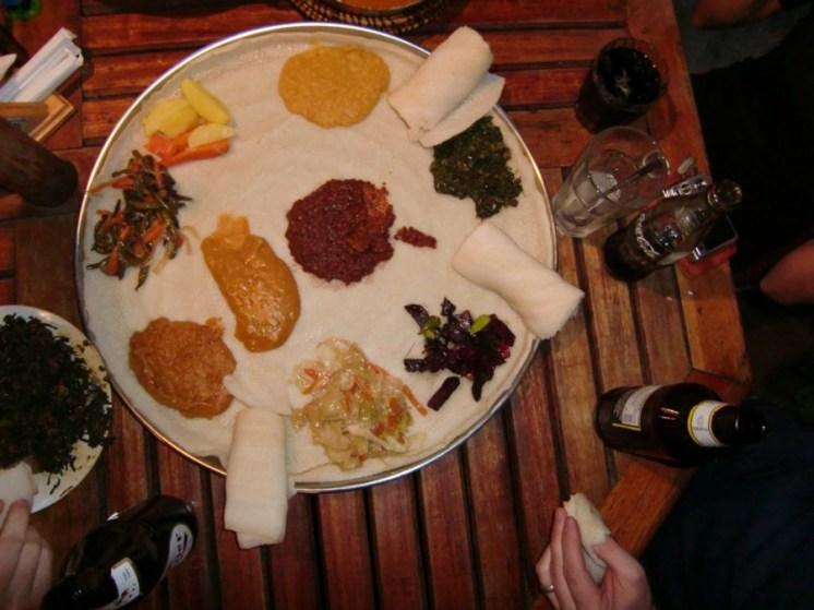 Äthiopisches Essen in Kenia