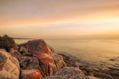 Sonnenaufgang über der Bay of Fires - 2