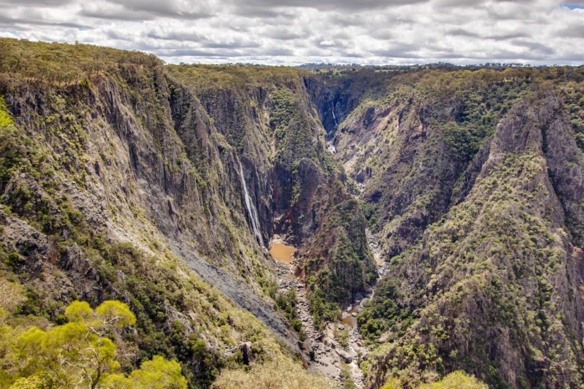 Wollomombi Falls along the Waterfall Way
