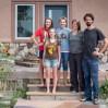 Zeta, Grace & Faith versorgen uns mit lecker Frühstück und Dusche und machen den Besuch bei unseren nächsten Hosts klar.