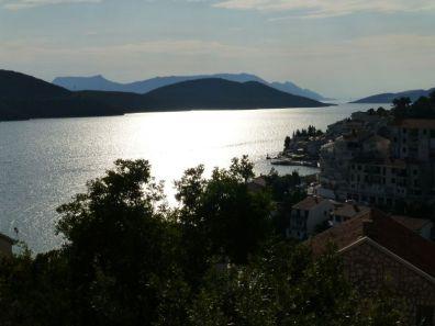 ...fährt man auch ein kleines Stück durch Bosnien Herzegowina