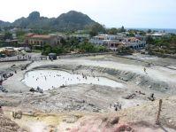 Das Bad im Vulkanschlamm verheißt Schönheit...
