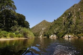 Mit jedem Kilometer wird die Schlucht des Keurbooms River enger