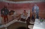 auf Fresken ist die Geschichte der Familie Rabe abgebildet