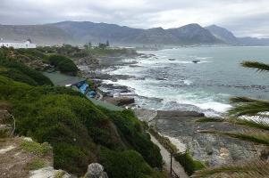 Hermanus: Statt Wale gibt es eine beeindruckende Küste...