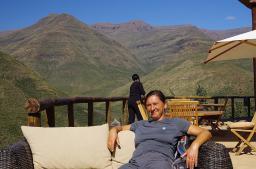 ... und feine Plätze zum Relaxen, wie hier in der Maliba-Lodge.
