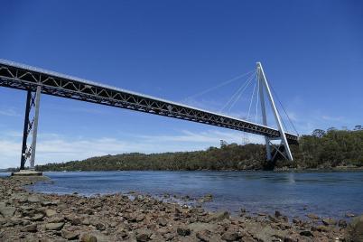 Beeindruckend – die Batman Brücke über den Tamar River