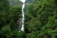 Dafür kann es der Montezuma Wasserfall, zumindest was seine Höhe angeht, mit den Victoria Falls in Afrika aufnehmen.