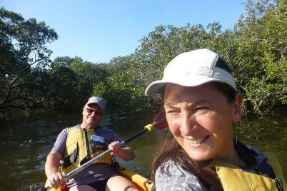 Endlich mal wieder Paddeln. Die Tour ging durch einsame Mangrovenwälder...